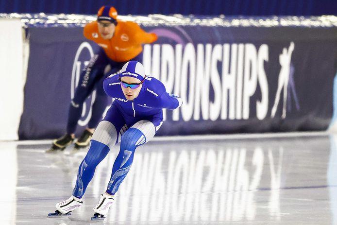 Sven Kramer kon niet in de buurt blijven van de Rus Sergey Trofimov, die naar het brons reed.