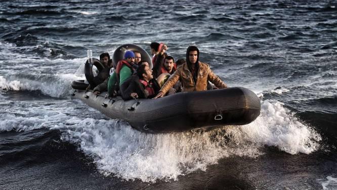 Meer dan 218.000 vluchtelingen staken de Middellandse Zee over in oktober