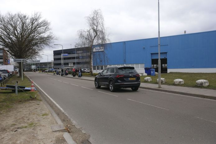 De Luchthavenweg bij Eindhoven Airport is weer geopend.