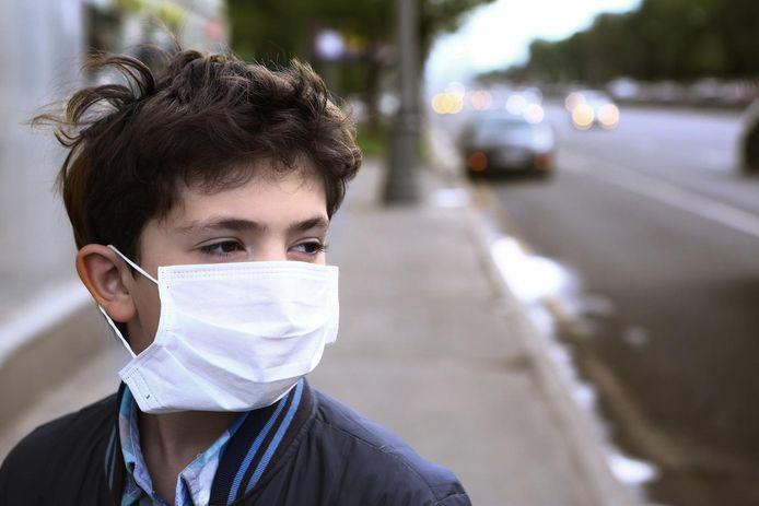 Certains membres du Risk Assessment Group (RAG) préconisent d'abaisser à 10 ans l'âge du masque obligatoire si l'épidémie venait à s'aggraver en Belgique.