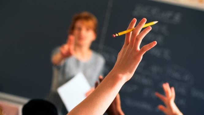 Steeds minder studenten volgen lerarenopleiding