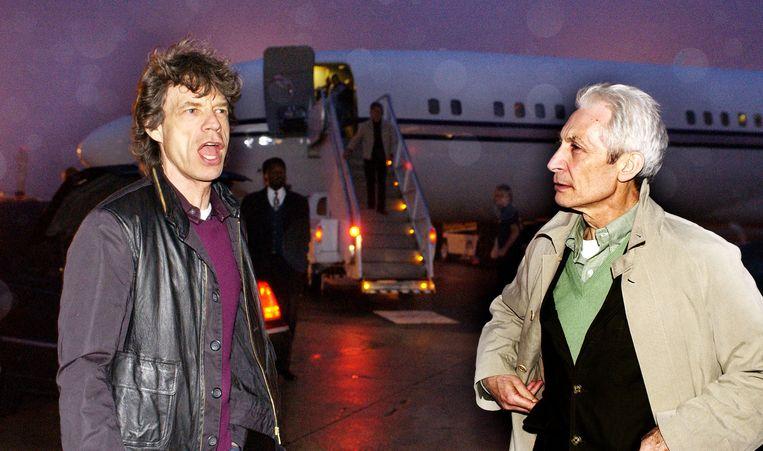 Mick Jagger en Charlie Watts op tournee in Atlanta in 2000. Beeld WireImage