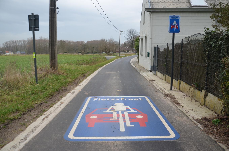 De Brantegemstraat in Kerksken in de eerste fietsstraat op het grondgebied van Haaltert.
