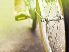 3-jarig meisje gewond na botsing met fietser