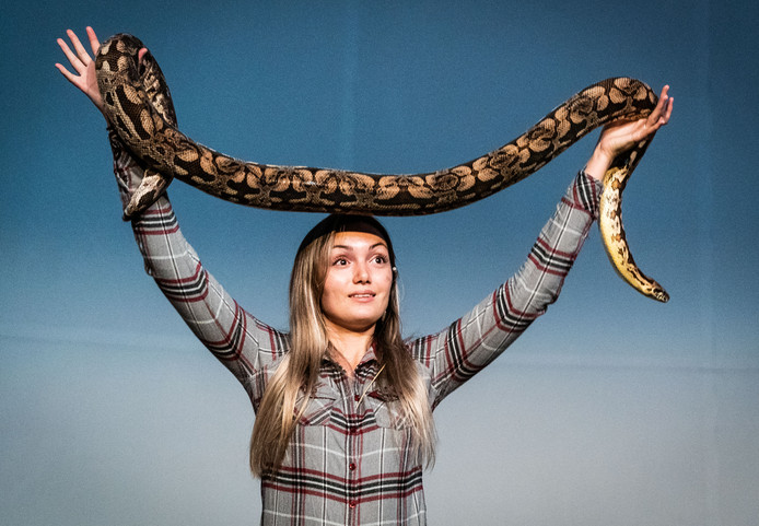 Sterrin Smalbrugge is vanaf maandag op Videoland te zien.