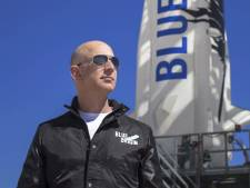 Une place pour un voyage dans l'espace avec Jeff Bezos vendue 28 millions de dollars aux enchères