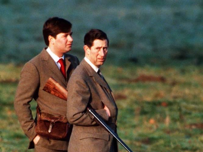 """Het schandaal te veel? Charles weigert te breken met 'corrupte' assistent: """"Hij is even belangrijk als Camilla"""""""