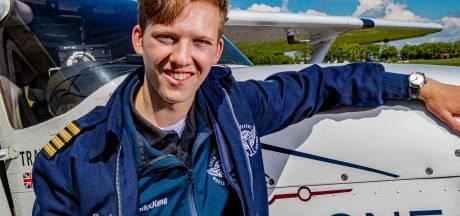 Piloot Travis (18) stijgt op van Teuge voor een solovlucht van 40.000 km om de wereld: 'Ik ben verslaafd aan vliegen'