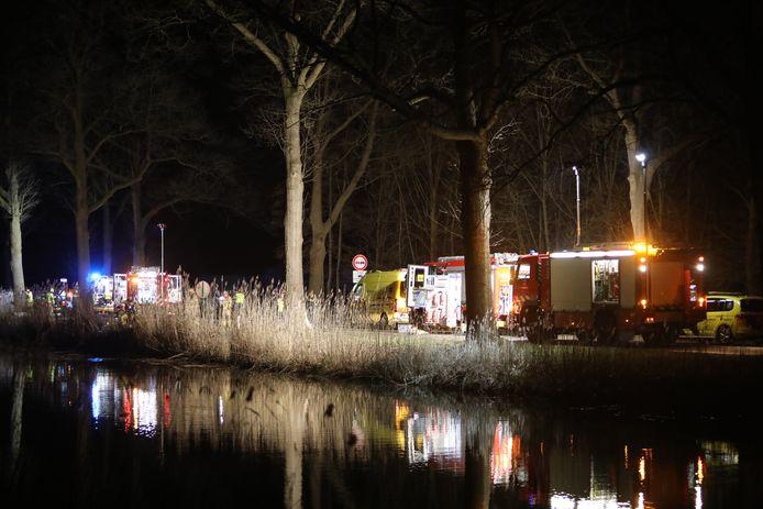 Een automobilist kwam om bij een ongeluk tussen Lieren en Apeldoorn.