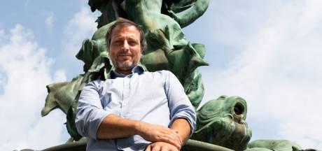 """Antwerps kunstenaar Gert Adriaenssens pleit voor nieuw fonteinenplan in de stad: """"Méér fonteinen, minder verspilling van drinkwater"""""""