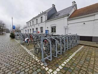 """Kostprijs tijdelijke fietsenstalling station Sint-Genesius-Rode stijgt van 200.000 naar 350.000 euro: """"Maar investering is geen verloren kost"""""""