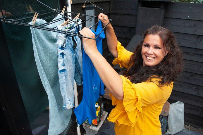 Patricia van der Palm uit Gouda draait met twee zonen en een werkende echtgenoot zeker zes wassen per week.