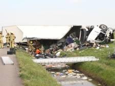 Vrachtwagenchauffeur (63) uit Lelystad komt om bij ongeval