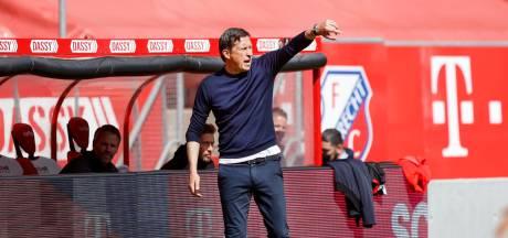 Schmidt vindt dat PSV meer goals vanaf het middenveld had moeten maken: 'Dertig meer is misschien wel nodig'