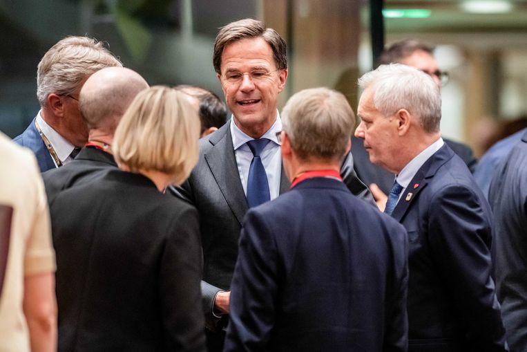 Premier Rutte aan het begin van de Europese top. Helemaal rechts de nieuwe premier van Finland, Antti Rinne, die zijn debuut maakte in de Europese Raad.  Beeld ANP