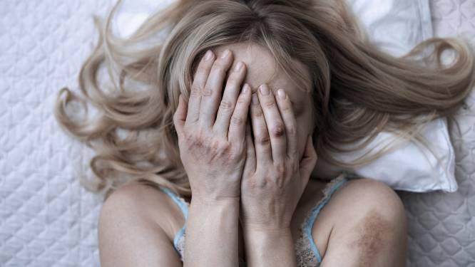 Vrouw beschuldigt haar ex-man van bedreiging en mishandeling: 'Er zit een duivel in jou'