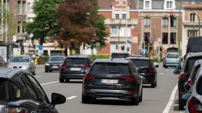 Antwerpenaar laat wagen vaker thuis: 7% minder woon-werkverkeer met auto dan in 2017