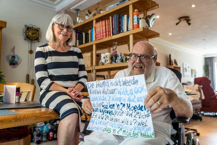 Stadsprediker Arnol Kox  en zijn vrouw Gerry.