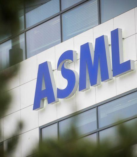Weg met de onderwijsachterstanden: ASML'ers geven kwetsbare kinderen gratis bijles