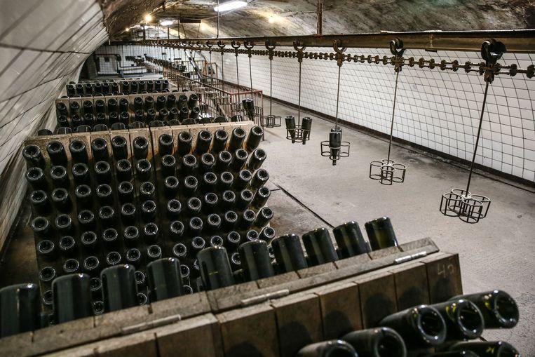 Het Russische Abrau-Durso-wijnhuis in het gelijknamige dorp dat bubbeltjeswijn produceert.  Beeld Dmitry Feoktistov / Tass