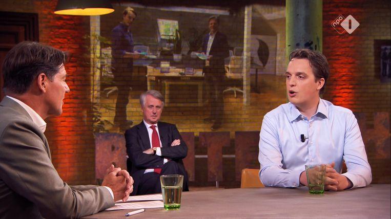 Sywert van Lienden (rechts) in het programma Buitenhof. Beeld NPO