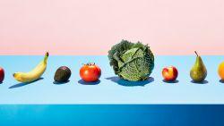Fris, fruitig en gewoon bizar: vrouw wast fruit en groenten in vaatwasser