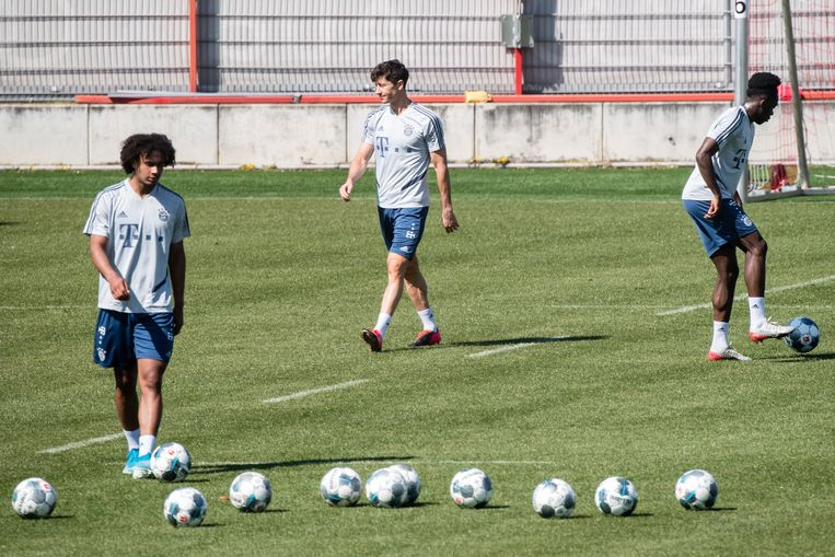 Bij Bayern trainen ze al terug in kleine groepjes.
