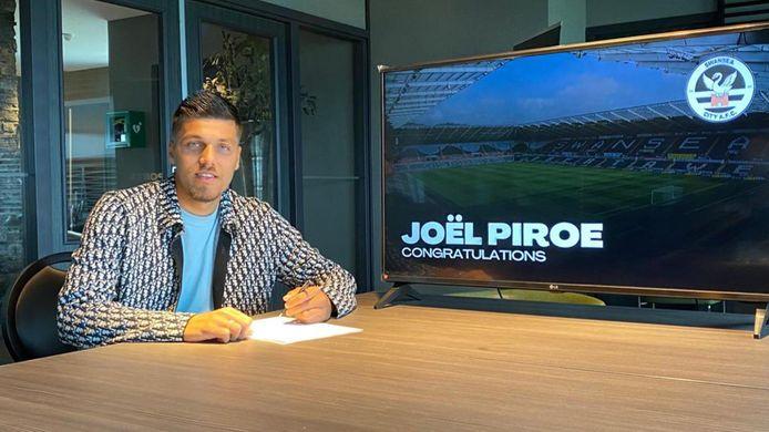 Joël Piroe tekende vrijdag een 3-jarig contract bij Swansea City.
