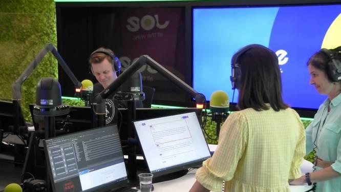 Birgit Van Mol leest nog een allerlaatste keer het nieuws op Joe