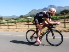 Eerste titel op halve triathlon voor Evert Scheltinga