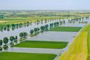 Hoog water Bergsche Maas in de omgeving van Overdiepse Polder bij Waspik