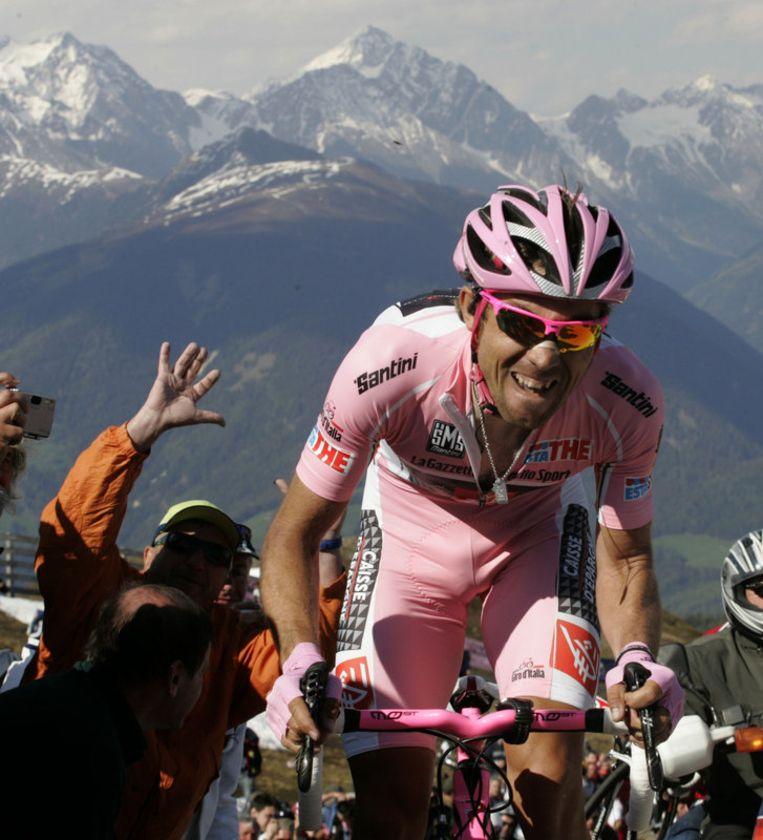 Arroyo blijft ook na de klimtijdrit stevig in het roze. Beeld UNKNOWN