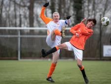 Oranje Wit houdt eerste elftal in competitie