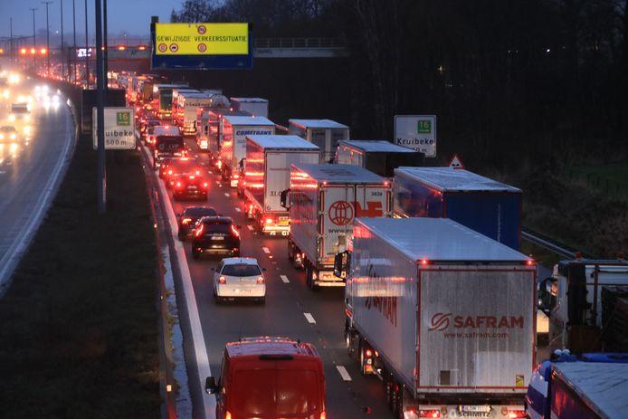 Het was de hele dag aanschuiven in de richting van Antwerpen.