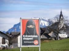 La Suisse vote pour l'interdiction du voile intégral