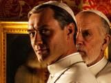 Paus-serie is heerlijk kijkvoer met vileine humor