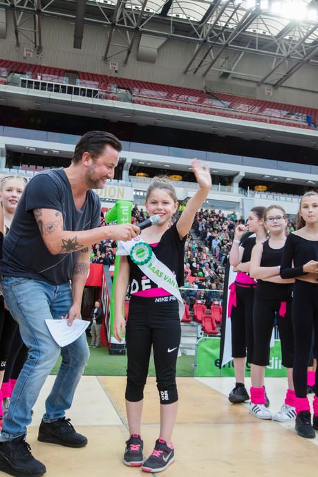 Megaballet in Philips Stadion in Eindhoven dankzij achtjarige Floor uit Nuenen