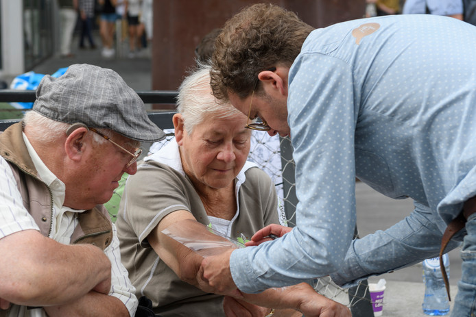 Voor het kunstproject Encounter zoekt Joost van Wijmen littekens