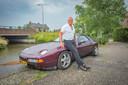 John van der Spek met zijn Porsche