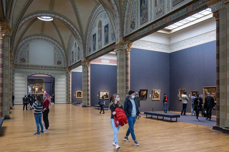 Bezoekers in het Rijksmuseum.  Beeld ANP