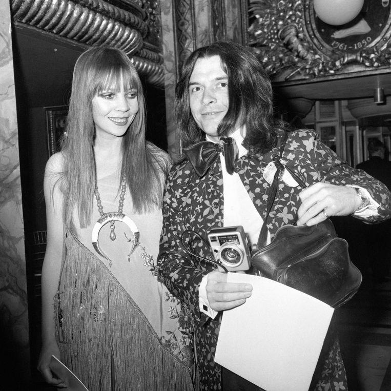 Fotograaf David Bailey en fotomodel Penelope Tree bij Madame Tussauds in Baker Street, Londen, 1970. Beeld PA Archive/Press Association Ima