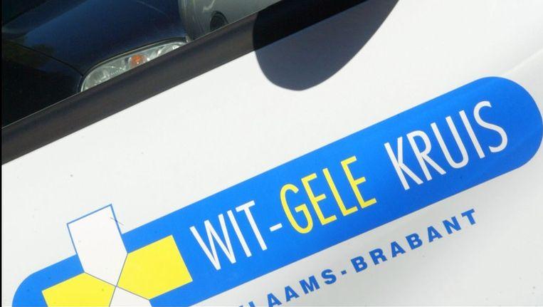 Man In Levensgevaar Na Aanrijding Met Wagen Wit Gele Kruis
