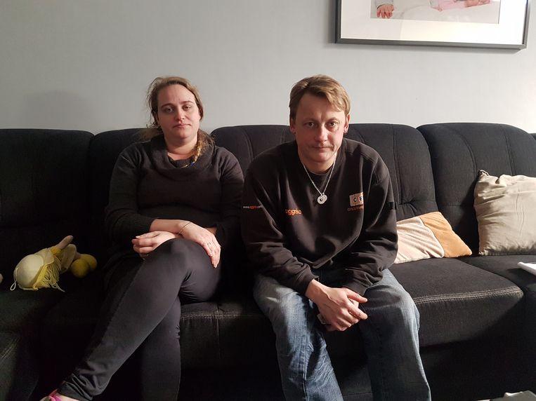 Buren Sylvain en Cindy redden een gezin met twee kinderen uit de brand.