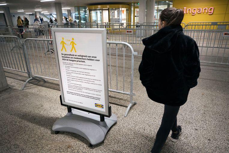 Ikea gaat weer open, 28 april. Beeld Werry Crone