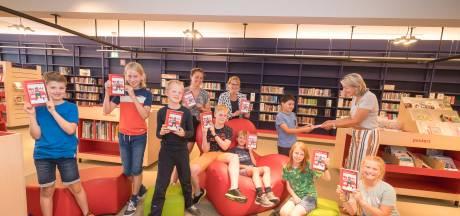 Honderdjarige G.J. van den Brinkschool presenteert bundel met gedichten van alle 250 kinderen