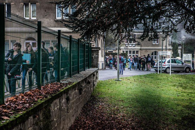 Béatrice liep school op het Koninklijk Atheneum van Aarlen. Beeld Bob Van Mol