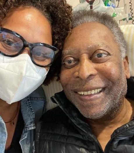 """Pelé de retour aux soins intensifs, sa fille rassure: """"Deux pas en avant, un pas en arrière"""""""