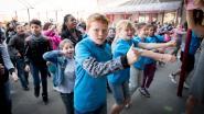 Leerlingen HIMO doen massadans