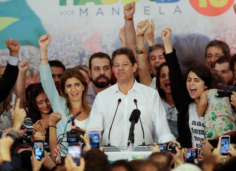 Manuela d'Avila geeft de nederlaag toe in een speech. Beeld AP