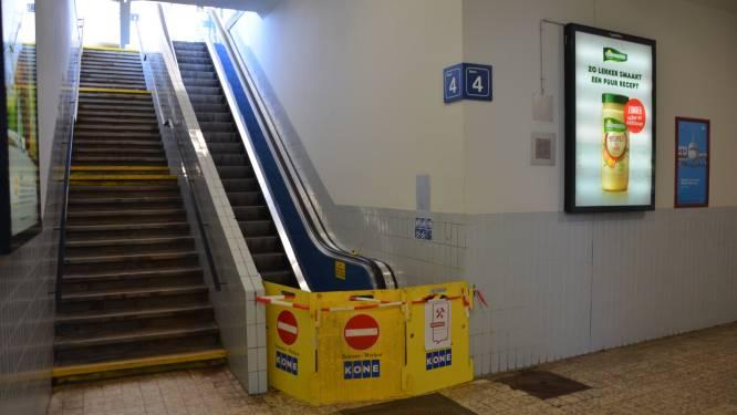 N-VA blijft aandringen op werkende roltrappen in station